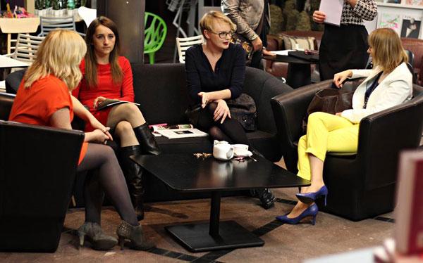 Paradoksalnie Monika Jurczyk - Osa najmniej kolorowa, ale jej spódnica była zjawiskowa (fot. Sonia Jelonek)