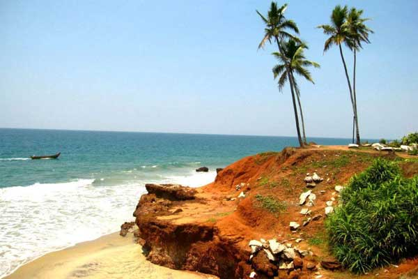 W Kerali urzeka spokój oceanu (fot. Issa Tifaret)